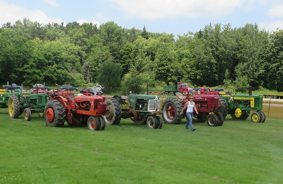 Tractor Pull Tractors : South dayton open tractor pull enchanted mountains