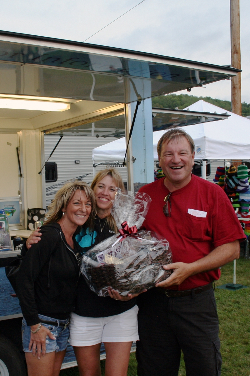 Buford and Helen of Bolivar, NY holding the ASK Design Jewelers Gift Basket