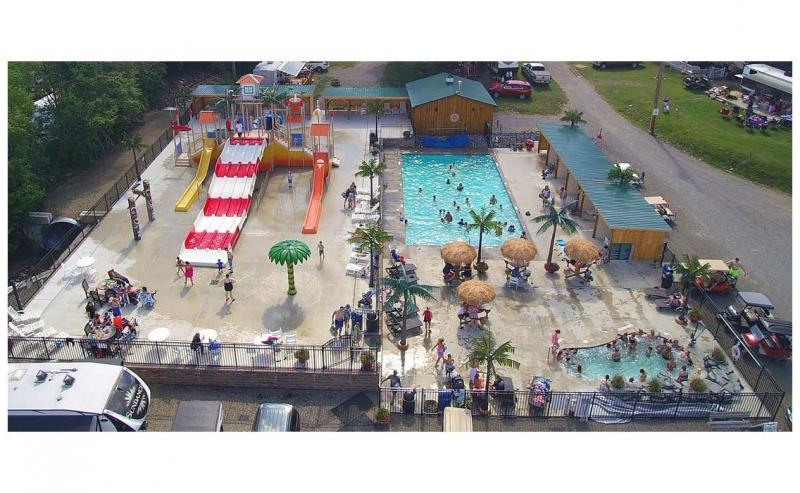 Triple R Campground LeeKee Lagoon Splashpad