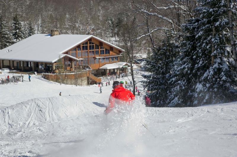 skiing at HV