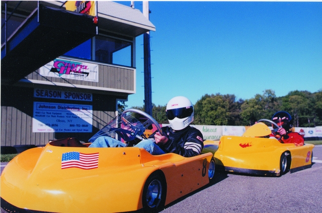 Racing at Chapel Hill Raceway