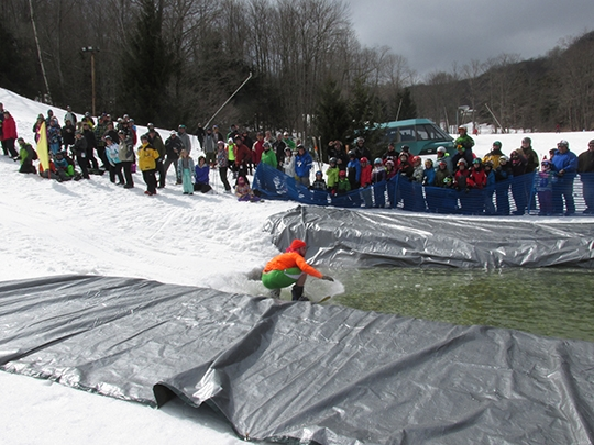 2014 pond skimming