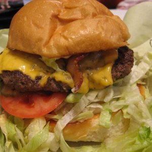 Cheddar Bacon Cheeseburger