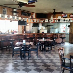 Photo of Dave's Halfway Inn