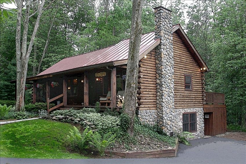 Sleepy hollow chalet in ellicottville enchanted for Fishing cabins for sale